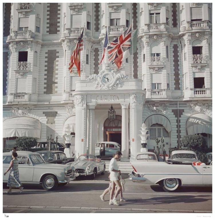'Carlton Hotel' Cannes (Slim Aarons Estate Edition) - Modern Photograph by Slim Aarons