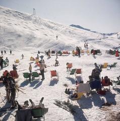 'Skiers At Verbier' (Estate Stamped Edition)