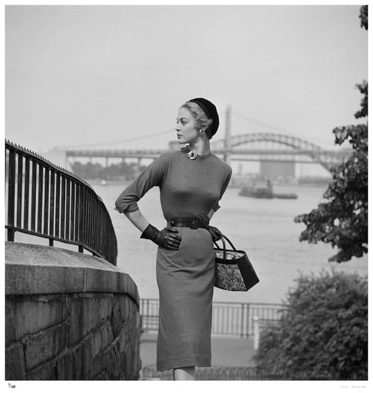 'New York Chic' NYC (Estate Stamped Edition) - Photograph by Slim Aarons