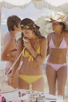 'Social Call' Acapulco  (SLIM AARONS Estate Edition)
