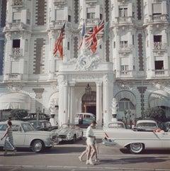 'Carlton Hotel' (SLIM AARONS Estate Edition)
