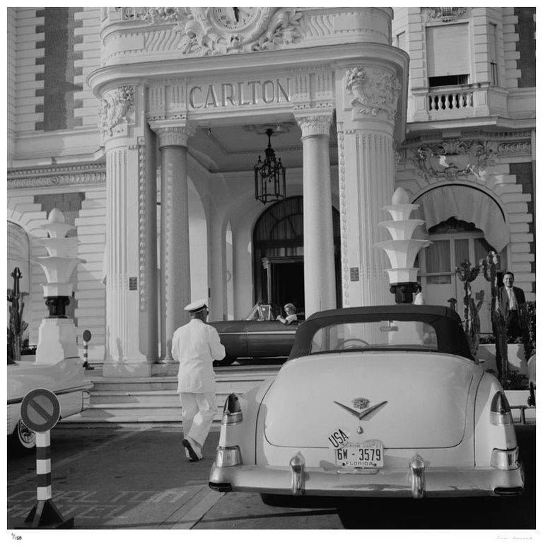 'The Carlton Hotel' 1955 (Slim Aarons Estate Edition) - Modern Photograph by Slim Aarons