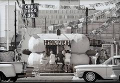 Tail O' the Pup Hotdog Stand, Los Angeles, 1963