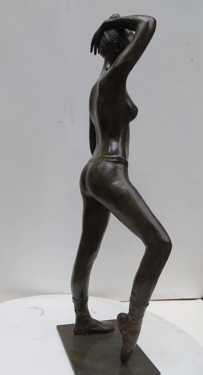Poiting Dancer by Patrick Brun For Sale 1