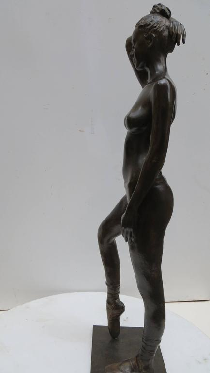 Poiting Dancer by Patrick Brun For Sale 2