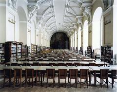 Narodni knihovna Praha V 2004