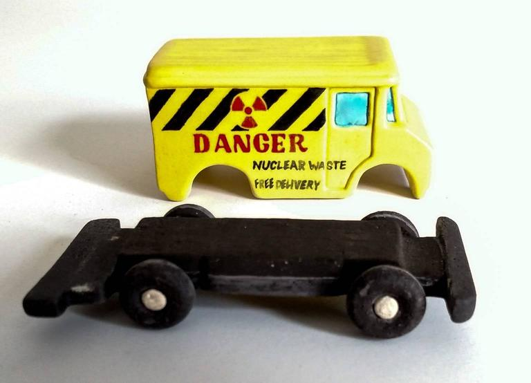Danger Truck - Brown Still-Life Sculpture by Kenjiro Kitade