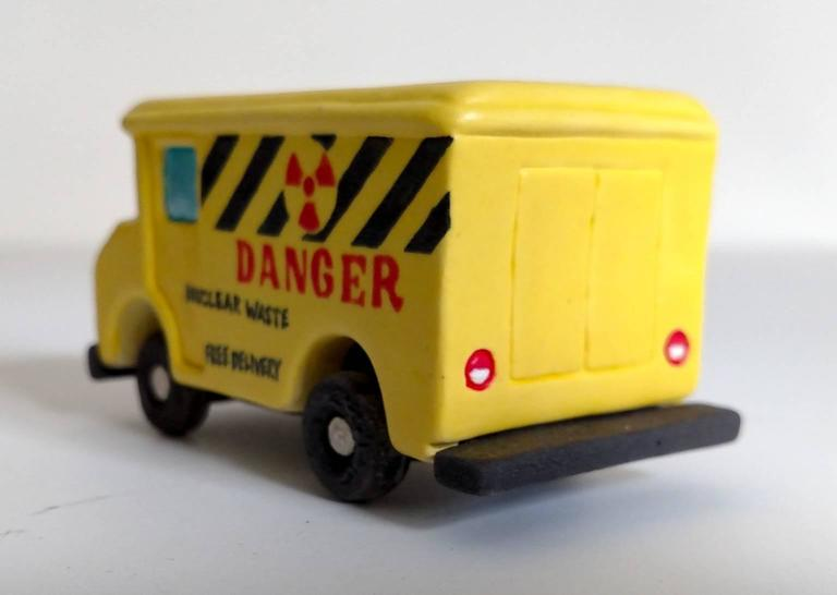 Danger Truck - Contemporary Sculpture by Kenjiro Kitade