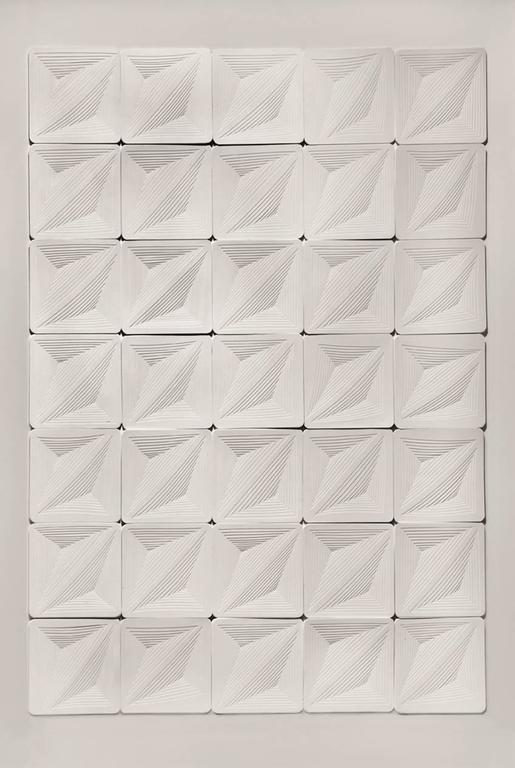 Elizabeth Gregory-Gruen Abstract Sculpture - Multi Tile