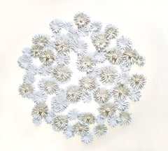 Cultiveren III - Abstract floral circle composition beige white nature inspired