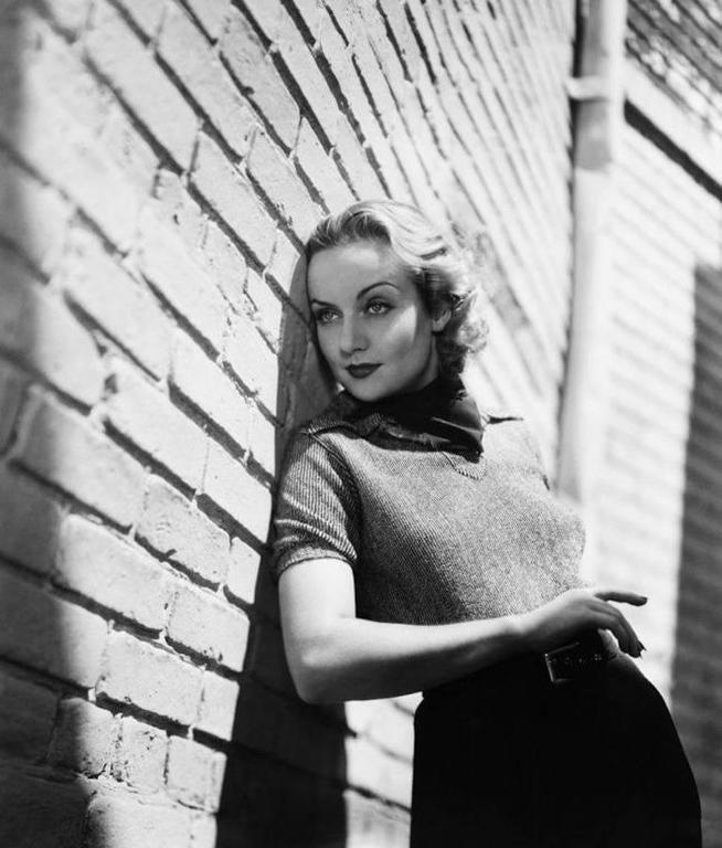 'Carole Lombard On The Paramount Lot' (Silver Gelatin Print)