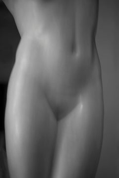 Roman Statue Study 7, Small Black and White Abstract Figurative Photograph