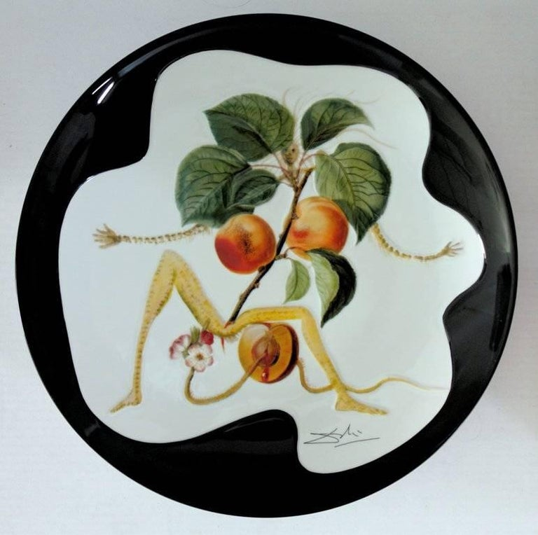 (after) Salvador Dali Figurative Sculpture - Flordali, Knight Apricot - Porcelain dish (Black finish)