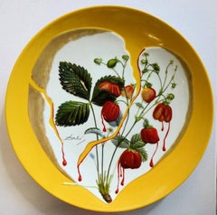 Flordali, Heart of Strawberries - Porcelain dish (Imperial yellow finish)