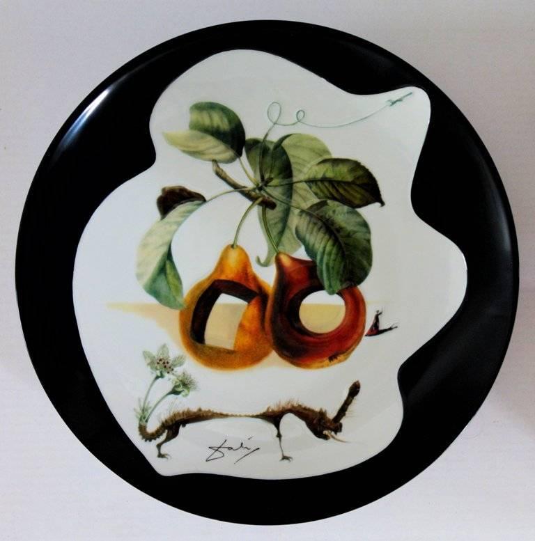(after) Salvador Dali Figurative Sculpture - Hole Fruits with Rhinoceros - Porcelain dish (Black finish)