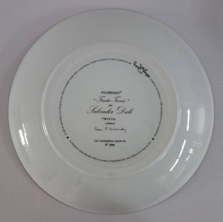 Hole Fruits with Rhinoceros - Porcelain dish (Black finish) For Sale 4