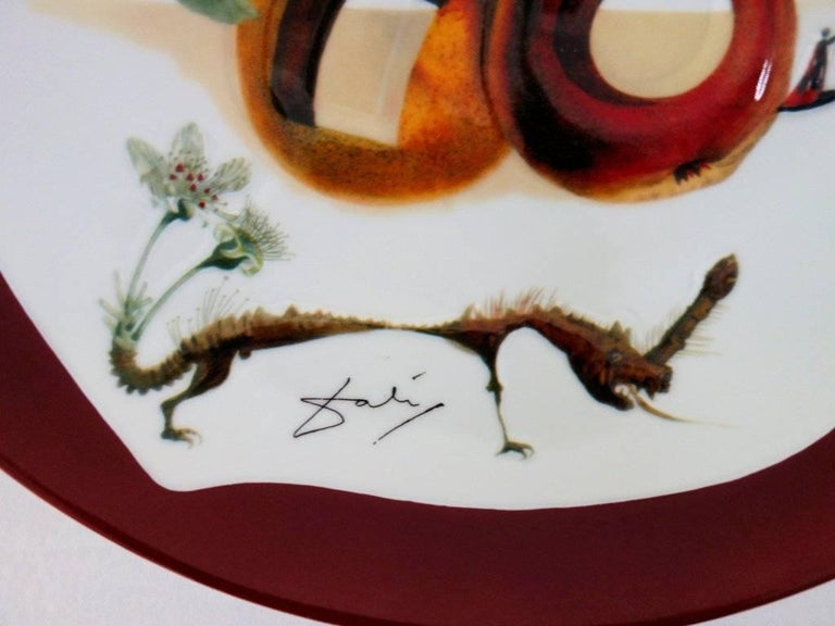 Hole Fruits with Rhinoceros - Porcelain dish (Bordeaux red finish) For Sale 1
