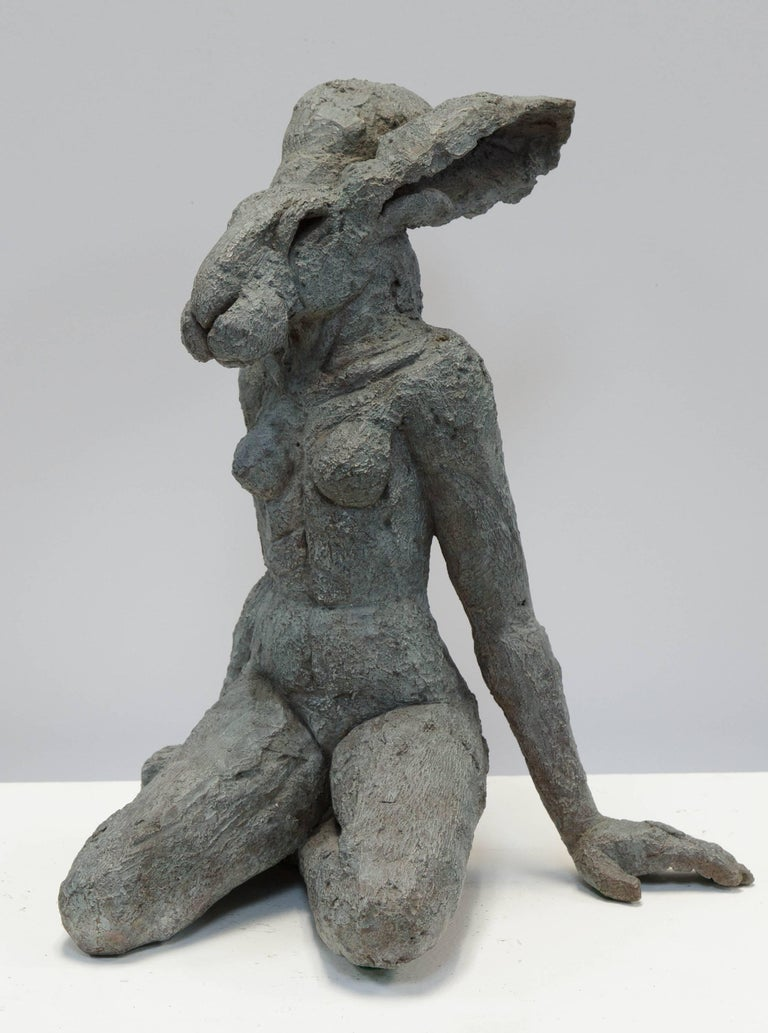 Sitting Lady Hare