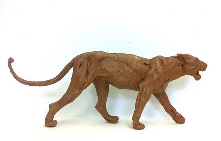 Wendy Klemperer Figurative Sculpture - Tawny Lion