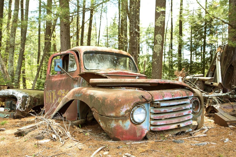 """At Rest"", Rebecca Skinner, color photo, metal print, ford, antique, landscape - Photograph by Rebecca Skinner"