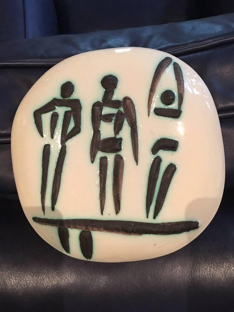 Ramie 375 Picasso Ceramic Madoura Three People On A Trampoline - Sculpture by Pablo Picasso