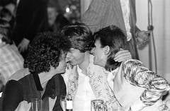 Reed, Bowie, Jagger Cuddling