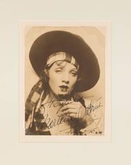 """""""Herzlichst, Marlene Dietrich, Hollywood, '34"""""""