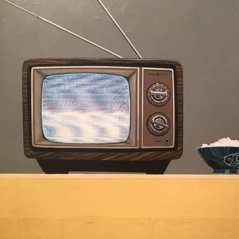 Tv Dinner - Gray Interior Painting by Gordon Lee