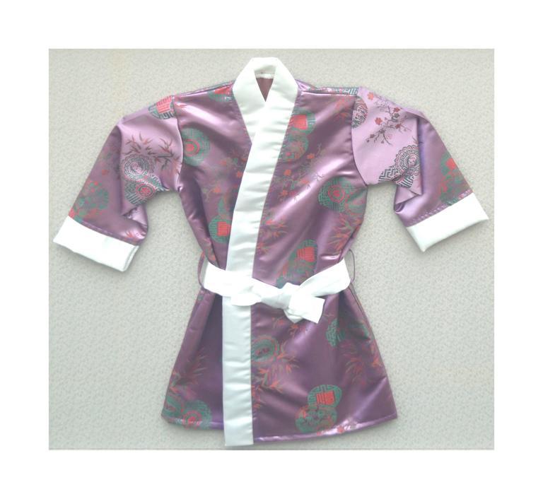 Child's Kimono Robe For Sale 1