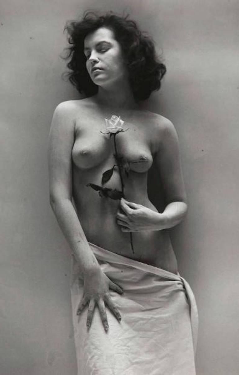 Nude with Rose, Andre de Dienes
