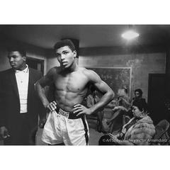 Cassius Clay (Ali) In Lockerroom, Louisville 1961