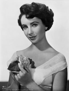 Elizabeth Taylor With Flowers Fine Art Print