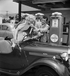 Mamie Van Doren and Richard Long Getting Gas Fine Art Print