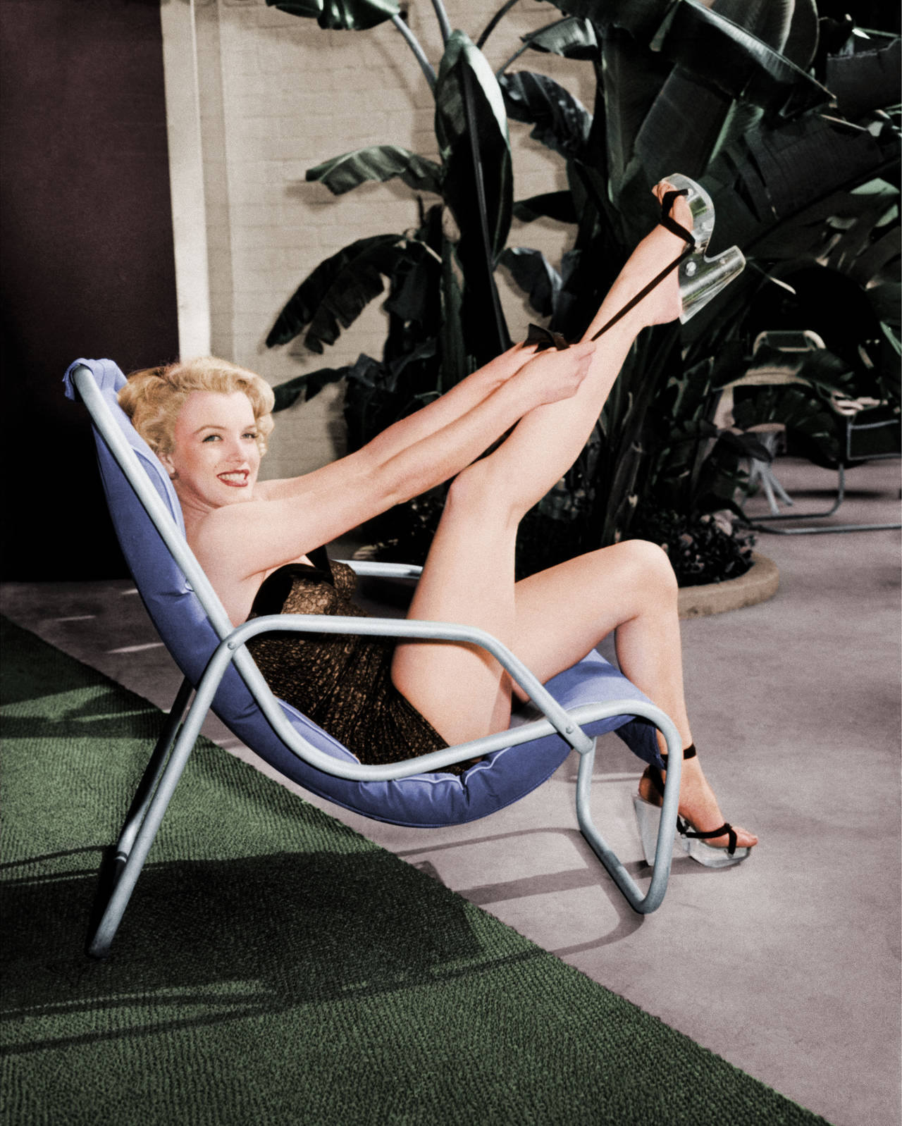 Frank Worth Color Photograph - Marilyn Monroe Poolside with Leg Up, Los Angeles Fine Art Print