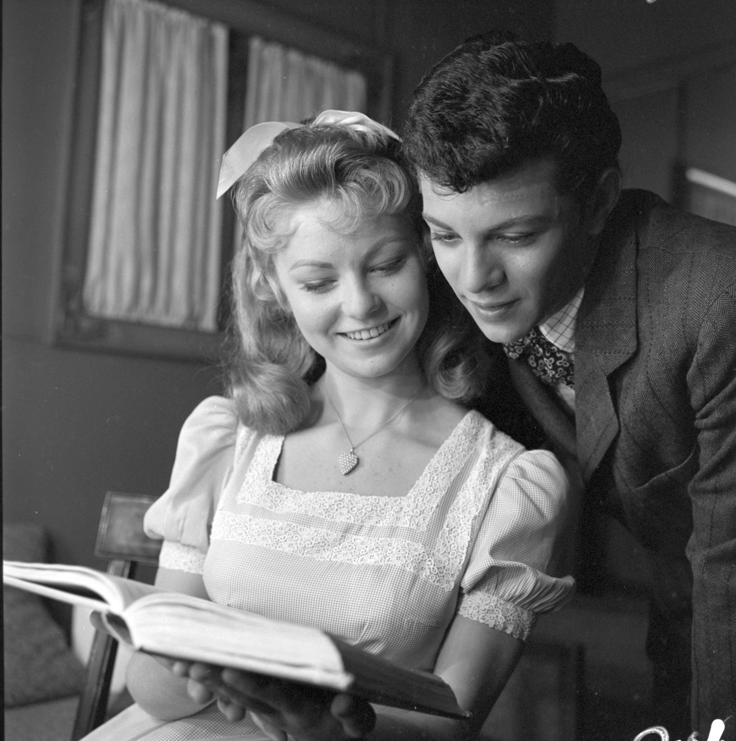 Frankie Avalon Pics for larry barbier - frankie avalon and alana ladd reading, photograph