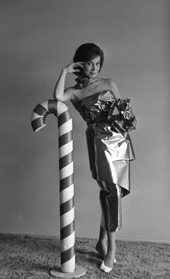 Mary Tyler Moore Leaning on Candy Cane Fine Art Print