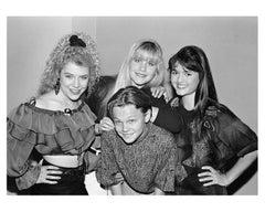 Young Leonardo Di Caprio Surrounded by Girls