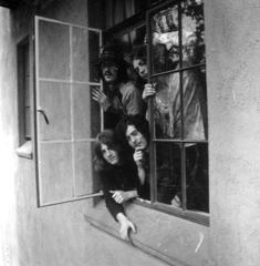 Led Zeppelin Hanging Out