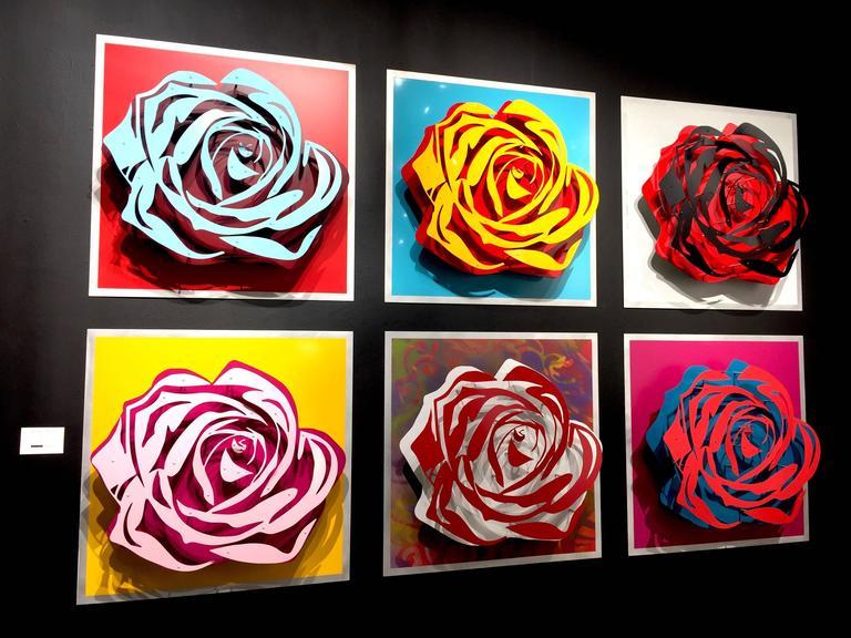 Michael Kalish, Roses - Sculpture by Michael Kalish