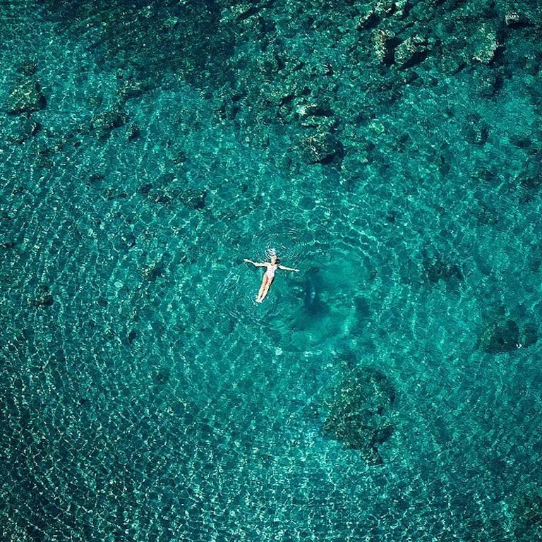 David Drebin, Floating Dreams
