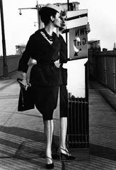 Isabella + Brooklyn Bridge, New York (Vogue)