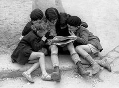 Children Reading the Newspaper, Paris