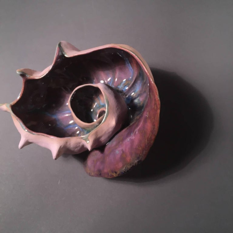 Meditation bowl inspired by a conch shell