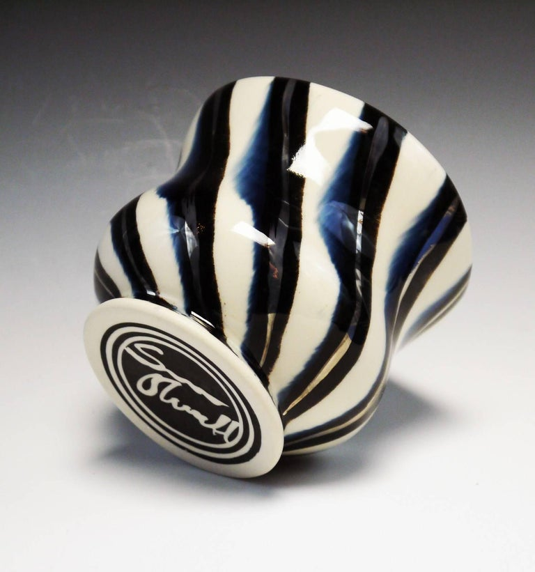 Cup - Contemporary Sculpture by Sean O'Connell