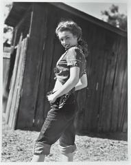 Marilyn in Jean (1945)