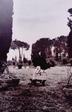 Helmut Newton - In a garden near Rome