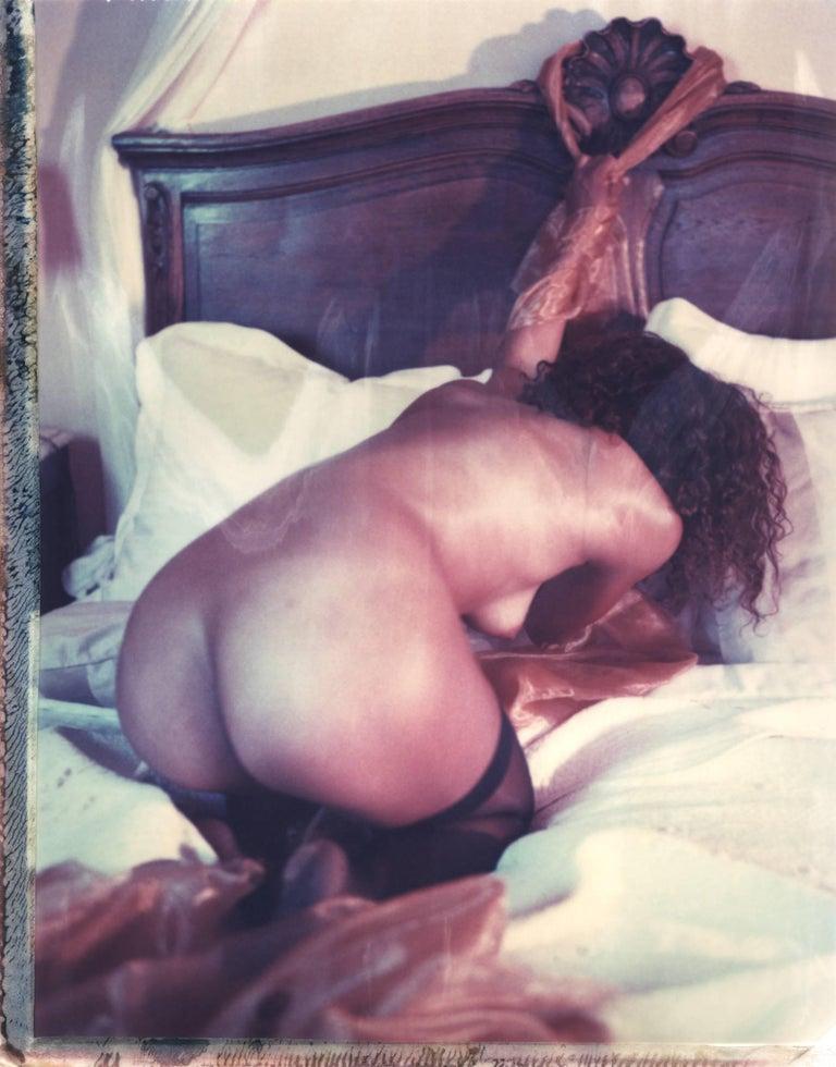 Carmen de Vos Color Photograph - Oui Mon Cul, Contemporary, Nude, Woman, Figurative, 21st Century, De Vos,
