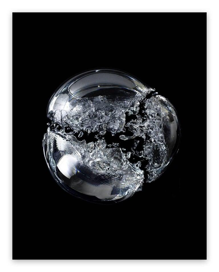 Seb Janiak Abstract Photograph - Gravity Bulle d'air 05  (Large)