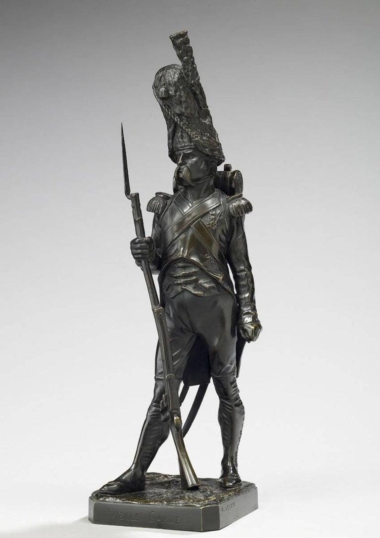 Armand Le Véel  Figurative Sculpture - Grenadier a Pied de la Garde Imperiale