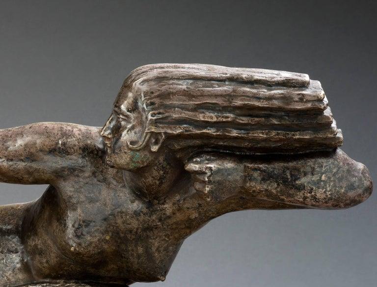 Penthesilia, Reine des Amazones  - Gold Nude Sculpture by Marcel-André Bouraine